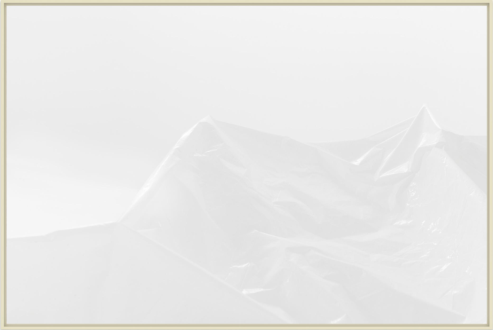 site _ plastic landform (stilness) _ Antonio Wolff _ 2018 _ fotografia em papel fibra de algodao – 42x62cm _ soma galeria